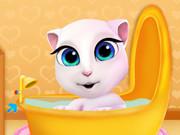 بيبي انجيلا وقت الاستحمام
