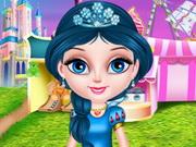 طفل إلسا في ديزني لاند