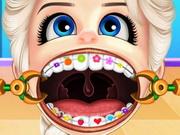 طفل السا ترتدي تقويم اسنان