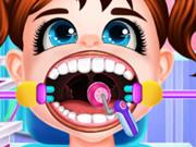 تنظيف الاسنان عند الطبيب